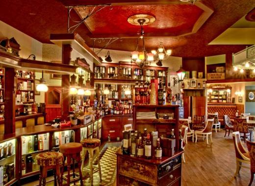 La PRESSE Clichy - Cave à Vins & Cantine