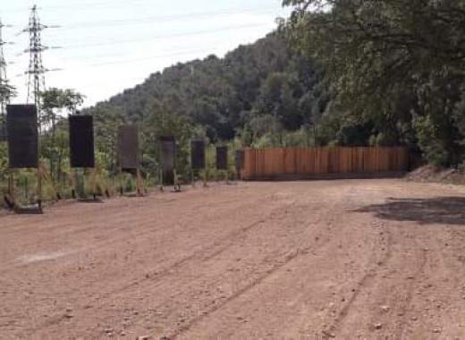 Un terrain pour les Archers des Six Lances