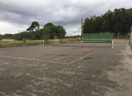 Rénovation du terrain de tennis de Vallères
