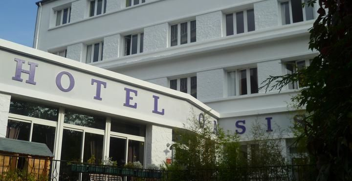 Hôtel** OASIS