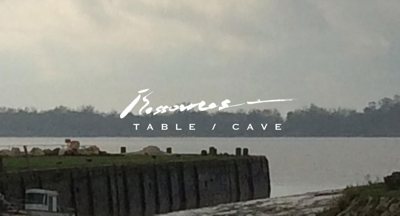RESSOURCES, Table et Cave