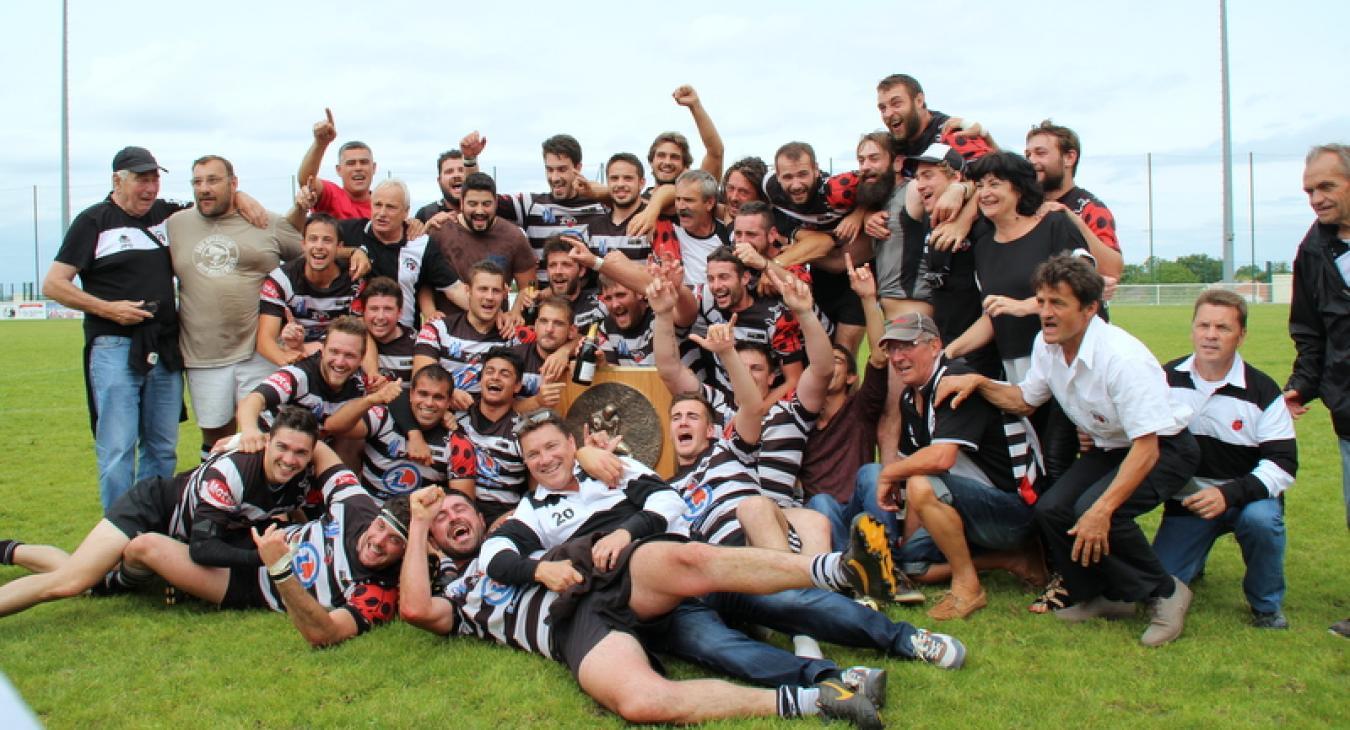 Un bus pour l'UAGM Rugby