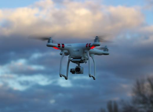 Soutenez Drone Magister !